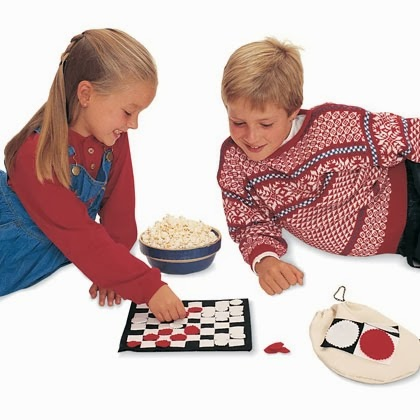 checkers-game-and-pouch-craft-photo-420-1195-FF11325X2