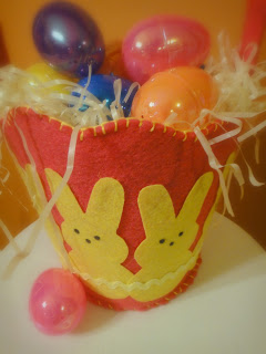 Felt Easter Basket {Free Pattern}