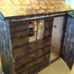 DIY: Western Log Cabin Play House