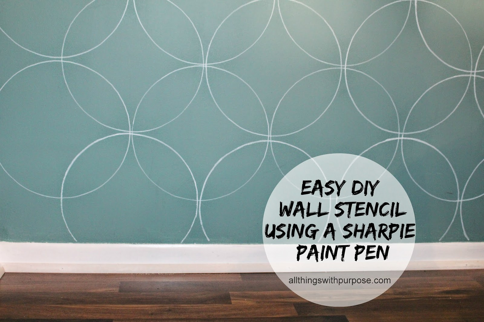 Easy diy wall stencil with a paint pen for Paint templates for walls