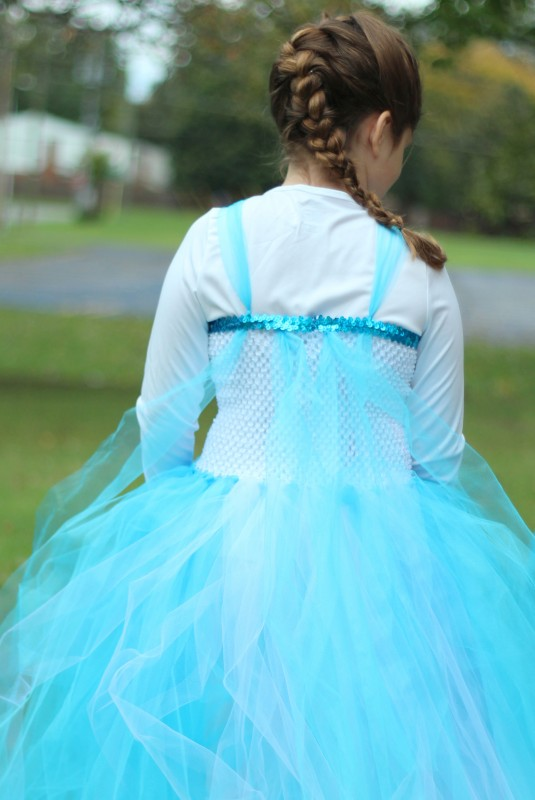 DIY ELSA DRESS BACK