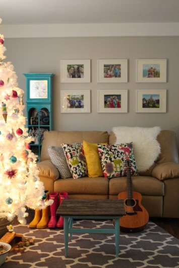 white christmas tree home tour