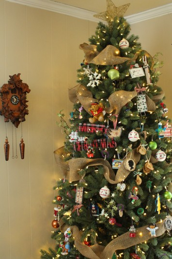 burlap ribbon on rustic tree