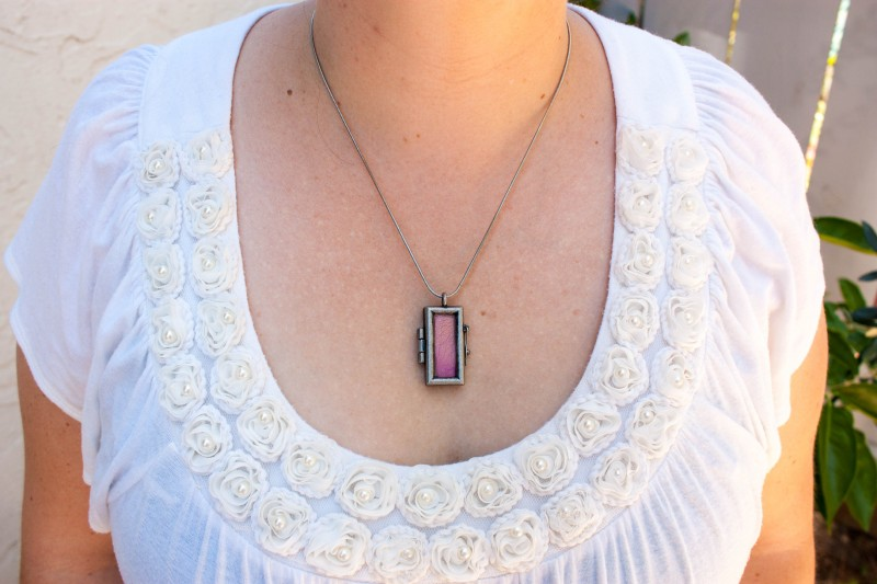 Pressed Flower Petal Necklace-1