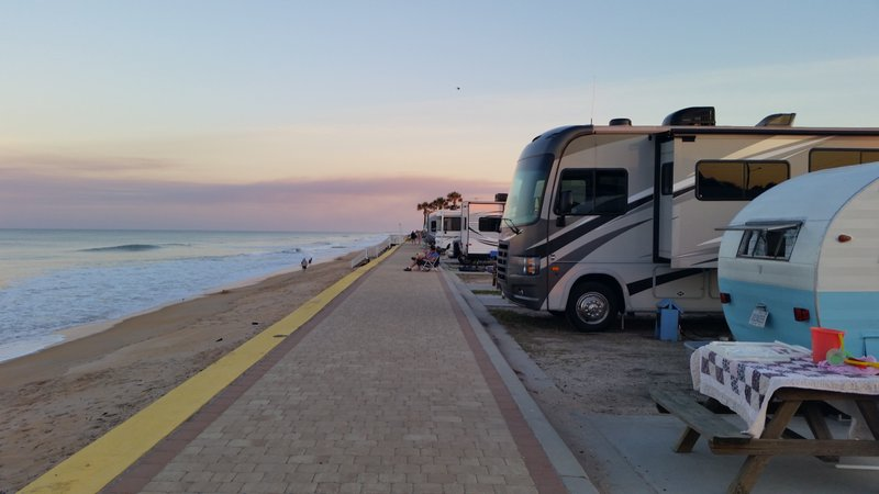 Oceanfront Camping on Beverly Beach 4