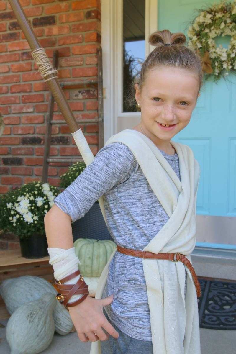 b5a7c4f8569 DIY Rey Costume | All Things with Purpose