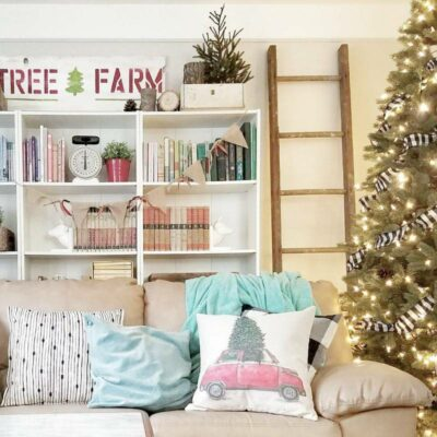 Styling a Christmas Shelfie