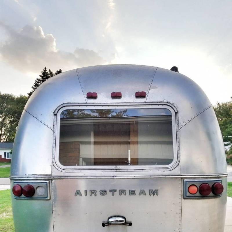 Airstream Project: Before Pictures!