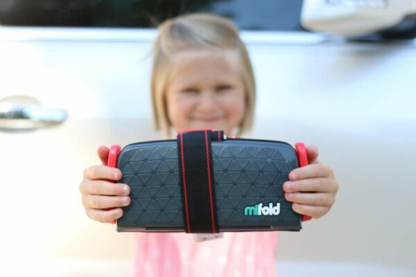 "Mifold: ""Grab and Go"" Car Seat Review"