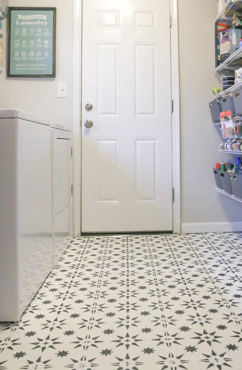 Diy Stenciled Floor Over Ugly Linoleum All Things