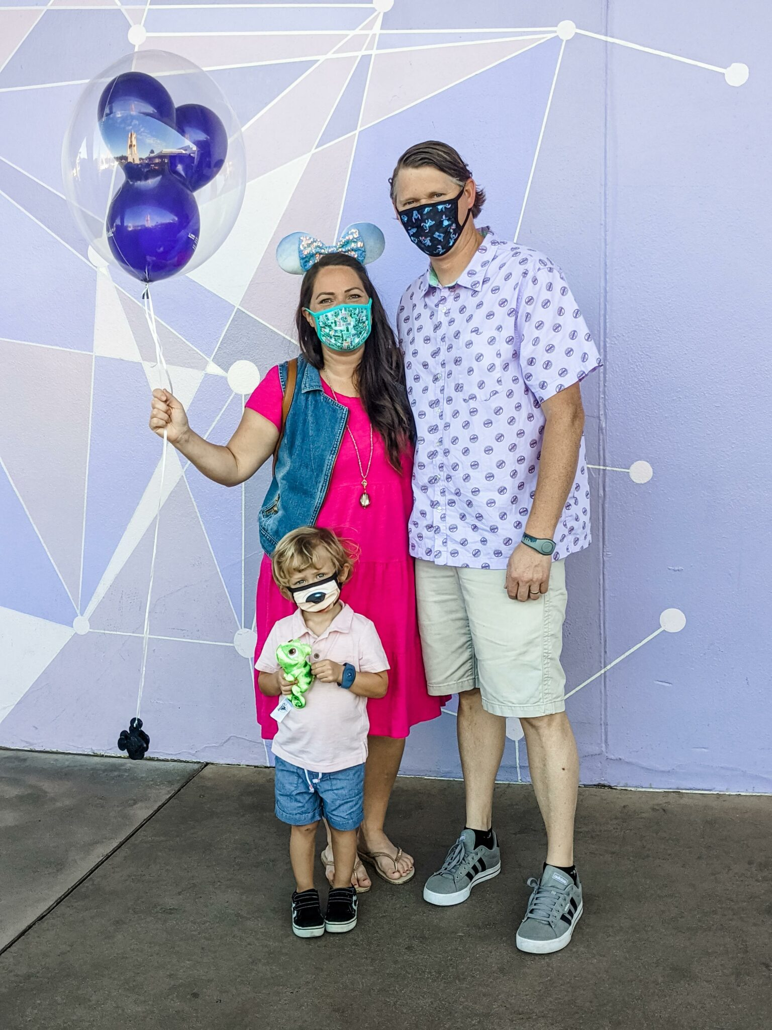 Tips for Taking Great Pictures at Disney World While Wearing a Mask All Things with Purpose Sarah Lemp